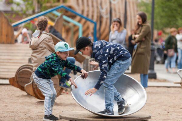 Площадка для детей от 1 до 6 лет о. Новая Голландия СПБ.